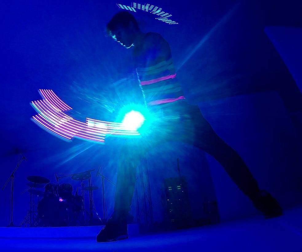 LED Fan Dance