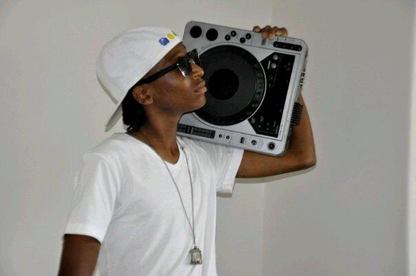 DJ Maxology